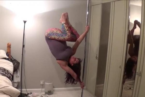 pregnant-pole-dance