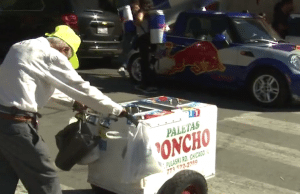 Heartbreaking photo of 89 year old paleta man goes viral