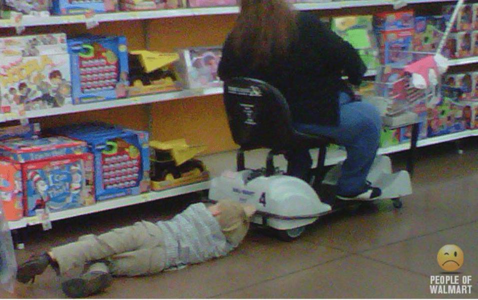 WALMART MOM FAILS