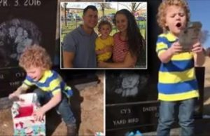 Toddler Finds Christmas Present at Father's Grave