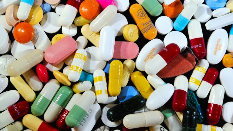 Top Ten Drugs That Cause Kidney Damage: Please Do Not Ignore This