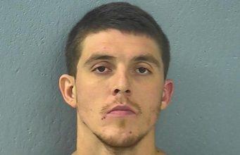 Missouri Man Shoots Girlfriend by Mistake