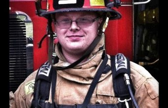 Firefighter Says Saving One Dog Is 'More Important'